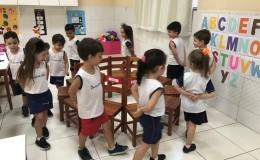 Dança da cadeira nominal